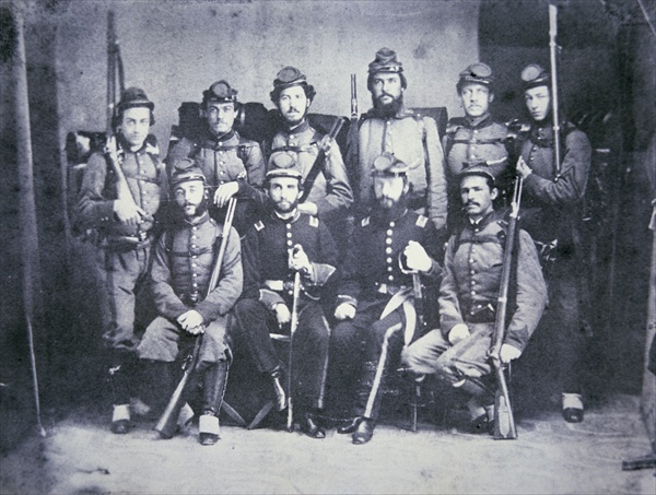 photo of the Charleston Zouave Cadets of the Confederate Army, 1861