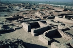 View of ruins of ancient city, Urban structure with streets at right angles, Mohenjo-daro (Unesco World Heritage List, 1980), Sindh, Pakistan, Indus Valley civilization, 2600 BC
